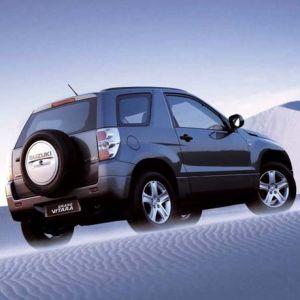 Osłona silnika dolna Suzuki Grand Vitara 2005